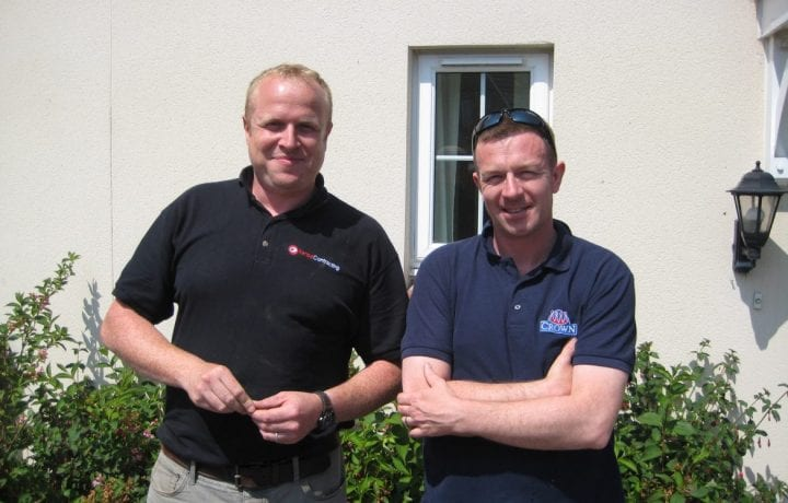 Dan Roberts (Kensa Project Manager) and Mr Blowers (Tenant at one of the properties in Array 4)