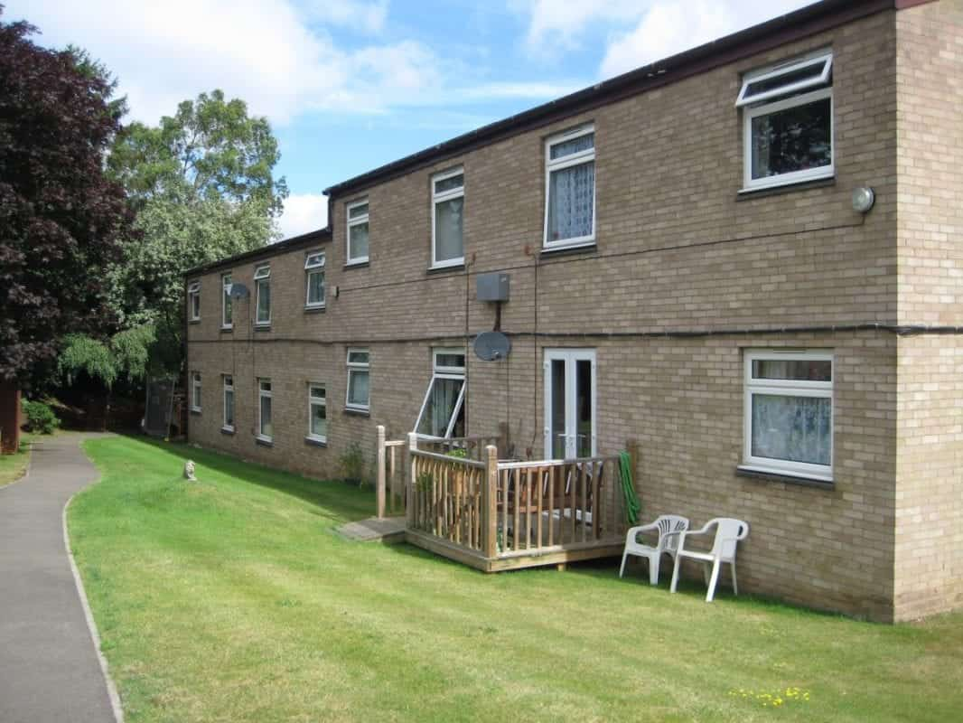 Ground Source Review:Hanover, Ashfield Court - rear