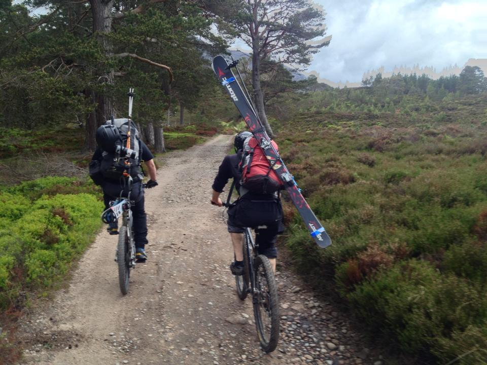 Cycling up Braeriach