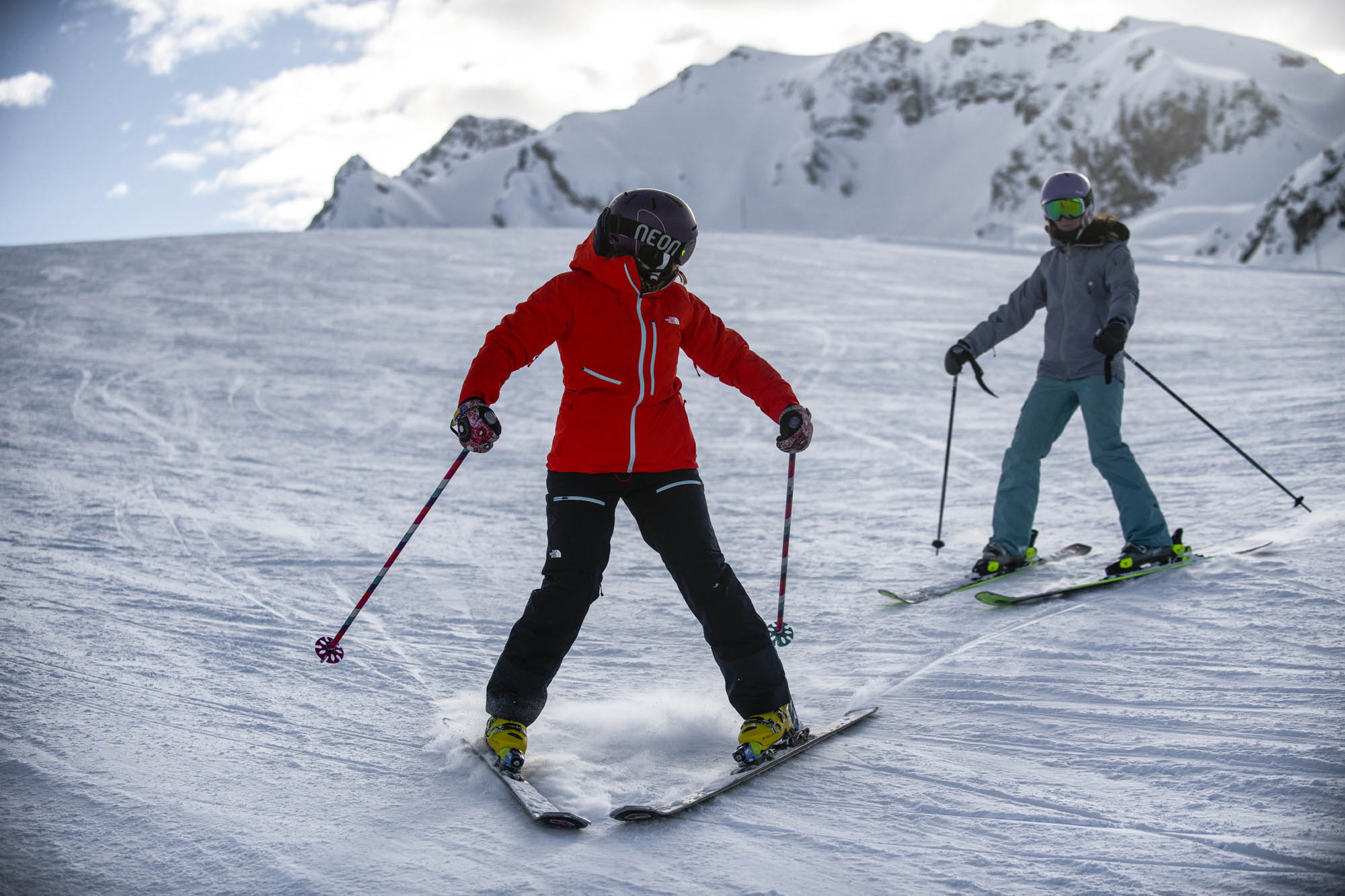 Learning to ski - ski school for beginners