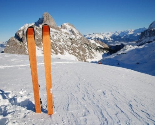 Ski-hire-Alpine-Infusion