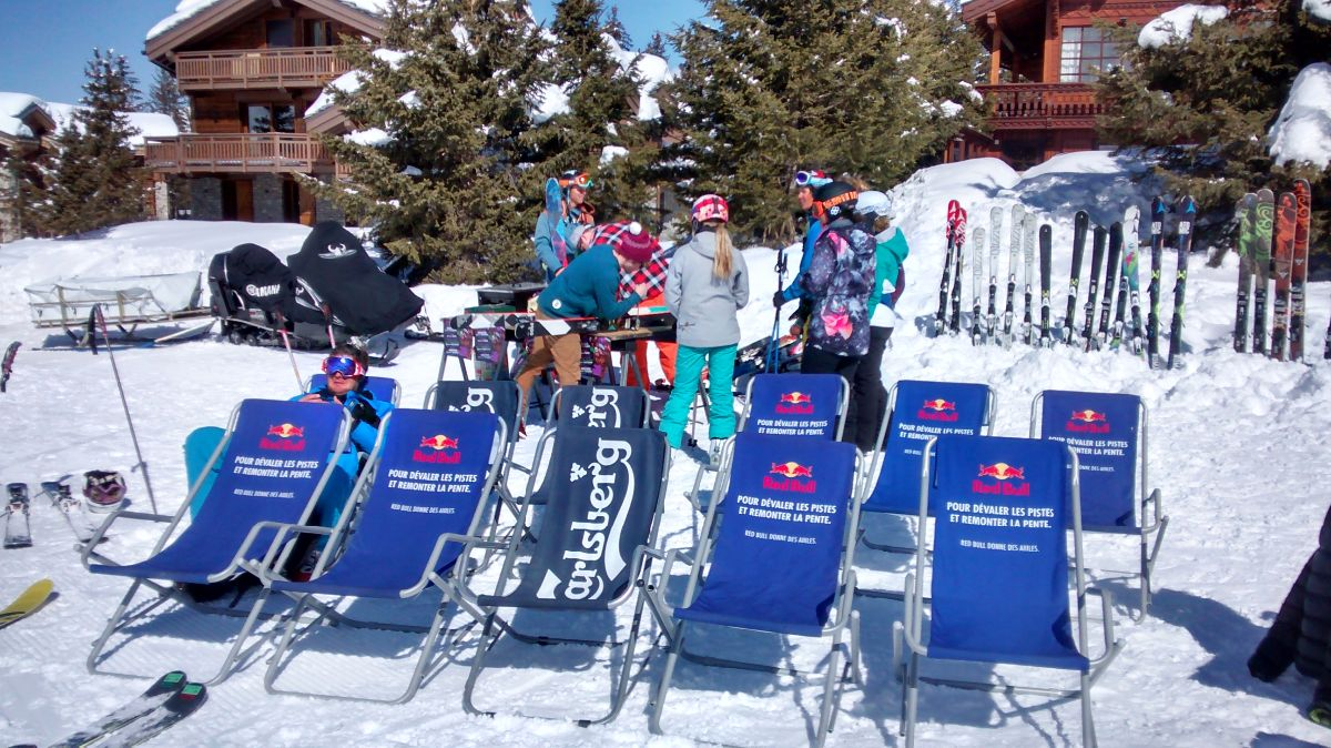 Spring BBQ with deck chairs and skis