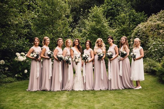 bridesmaids, photo, posed, planned, so many girls, pretty in pink, married, ever after